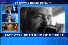 'Voice of cricket' Richie Benaud dies at 84