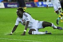 Bafetimbi Gomis to stay at Swansea City next season