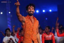 IPL opening ceremony: Shahid Kapoor bangs his bike and almost tumbles while staging his performance