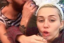 Miley Cyrus dresses up as Easter bunny