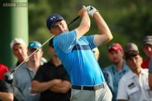 Jordan Spieth sizzles at Masters, Rory McIlroy seven back