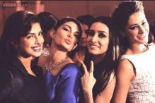 Photo of the day: Jacqueline Fernandez pouts, Shraddha Kapoor shows a victory sign as they pose with Priyanka Chopra and Nargis Fakhri
