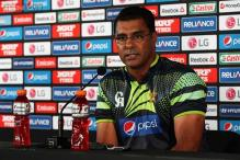 Waqar Younis not stepping down as Pakistan coach