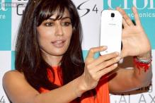 I wear jewellery as per the demand of my roles: Chitrangada Singh