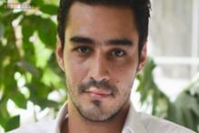 Noor Jehan's grandson Sikander Rizvi to debut opposite Humaima Malick