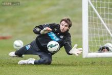 Newcastle boss defends Tim Krul over Jermain Defoe gesture