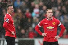 Manchester United striker Van Persie not ready for Manchester derby