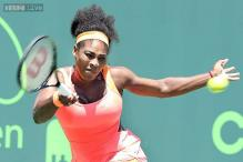 Serena Williams beats Camila Giorgi to give US 1-0 lead over Italy
