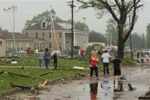 Tornadoes kill at least 5 in Texas and Arkansas