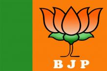BJP recites 'Hanuman Chalisa' at polling booths in Madhya Pradesh
