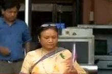 Shakuntala Gamlin meets Home Secretary amidst row over her appointment as acting Delhi Chief Secretary