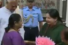 Jayalalithaa hands over list of ministers to Governor, will be sworn in as Tamil Nadu CM on Saturday