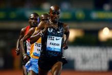 Mo Farah surges to year's fastest 10,000 metres