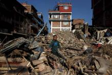 Nepal asks foreign rescue teams to leave; earthquake toll climbs to 7,365
