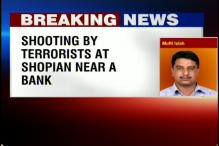 J&K: Terrorists open fire at a police officer in Shopian district