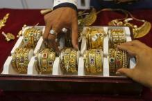 Jewellers to go on indefinite strike against reintroduction of gold tax in Budget 2016