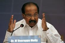 Congress Leader Veerappa Moily Faces Plagiarism Charges, 'The Hindu' Pulls Back Article
