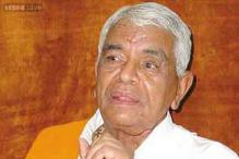 MP: Home Minister Babulal Gaur stirs another controversy, claims having liquor is a fundamental right