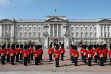 Queen Elizabeth might have to leave crumbling Buckingham Palace