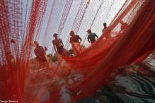 Sri Lankan Navy arrests 26 Indian fishermen
