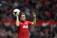 Phil Jones extends Man United contract