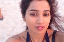 10 selfies of Shreya Ghoshal that will make your heart skip a beat