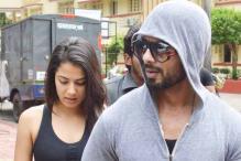 Snapshot: Mira Rajput looks stylish as she leaves the gym with husband Shahid Kapoor in Mumbai