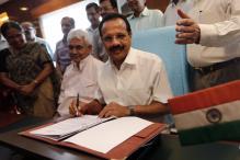 Congress stalling Parliament as it has no issue: Sadananda Gowda