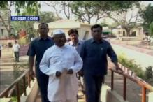 Anna Hazare to go on hunger strike over Land Bill, One Rank One Pension