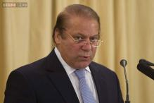Nawaz Sharif escapes unharmed as convoy breached by car