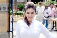Raveena Tandon congratulates Salman Khan on acquittal