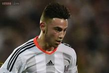Manchester City sign teenager Patrick Roberts from Fulham