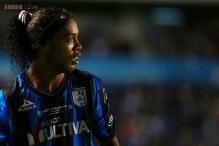 Ronaldinho signs with Brazilian club Fluminense