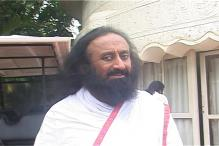 Sri Sri Ravi Shankar receives threat allegedly from Tehreek-e-Taliban