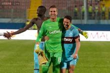 West Ham United scrape through on penalties in Europa League