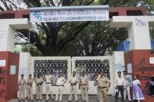 Information and Broadcasting Ministry team in FTII, optimistic of resolving crisis