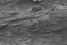 NASA spots 'woman-like' figure on Mars