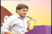 Hardik Patel defers 'reverse Dandi march', says government scared to give permission