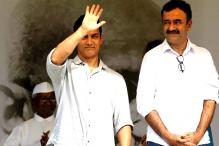 Aamir Khan meets Raju Hirani, says he is doing fine