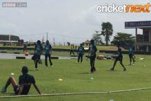 Sri Lanka team warming up ahead of nets in Galle