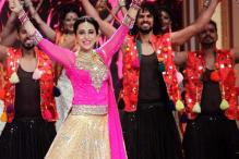 Photos: Karishma Kapoor, Karishma Tanna perform for 'Deva Shree Ganesha'