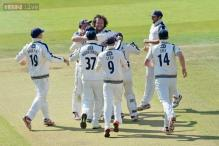 Yorkshire retain County Championship cricket title