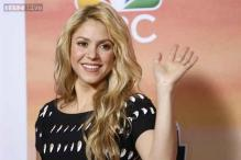Shakira transforms into 'Shakira Bird' for Angry Birds