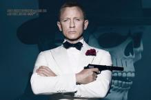 'Spectre': Daniel Craig sports the vintage Bond look in new poster
