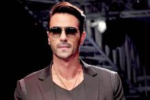 You'll see me romancing with my guitar in 'Rock On 2', reveals Arjun Rampal