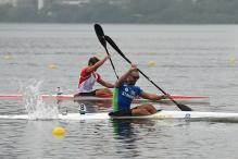 Canoeists snagged by weeds in Rio test event
