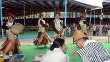 Mamata provides support for development of handicrafts,olden art forms in Hills