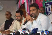 Pappu Yadav injured as stage collapses during election rally in Sitamarhi