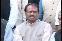 MP CM Shivraj Singh Chouhan heckled on way to Jhabua explosion site