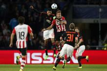 Manchester United lose 2-1 to PSV Eindhoven, Shaw to broken leg in Champions League